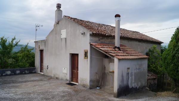 Rustico / Casale in vendita a Caiazzo, 3 locali, prezzo € 140.000 | Cambio Casa.it