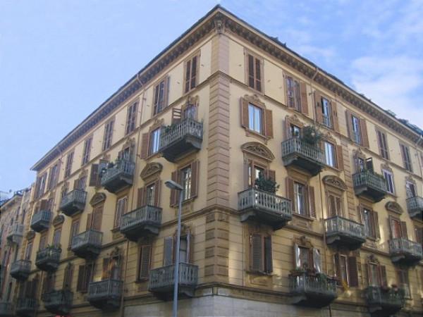 Appartamento in Affitto a Torino Semicentro: 3 locali, 60 mq