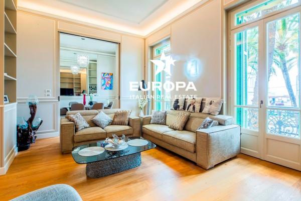 Appartamento in Vendita a Bordighera Centro: 5 locali, 241 mq
