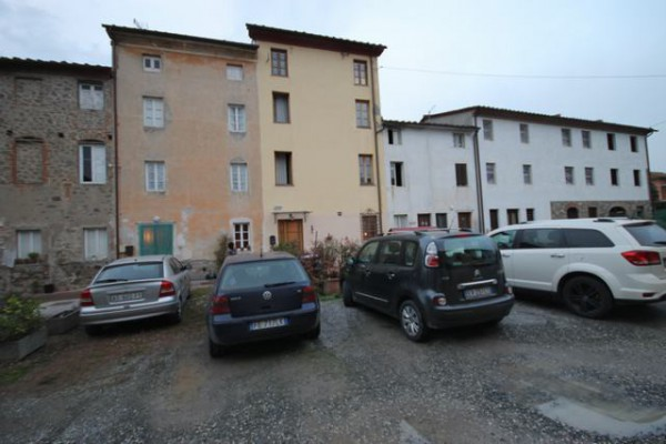 Casa indipendente in Vendita a Capannori Periferia Est: 5 locali, 180 mq