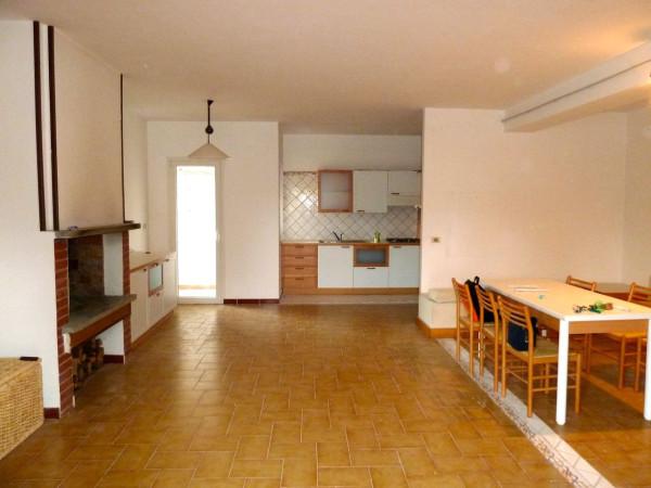 Appartamento in vendita a Capodimonte, 2 locali, prezzo € 89.000 | Cambio Casa.it