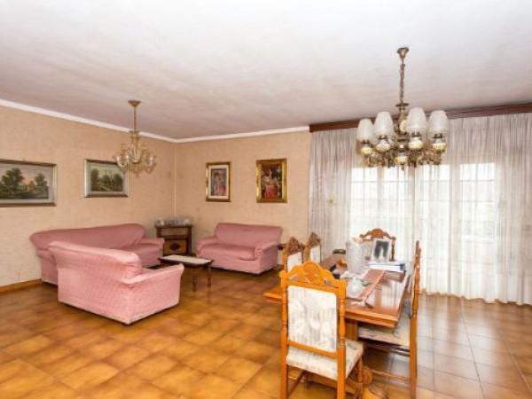 Appartamento in vendita a Latina, 6 locali, prezzo € 215.000   Cambio Casa.it