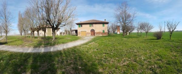 Rustico / Casale in vendita a Argelato, 6 locali, prezzo € 690.000 | Cambio Casa.it