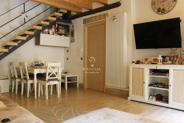 Appartamento in vendita a Missaglia, 3 locali, prezzo € 106.000 | Cambio Casa.it