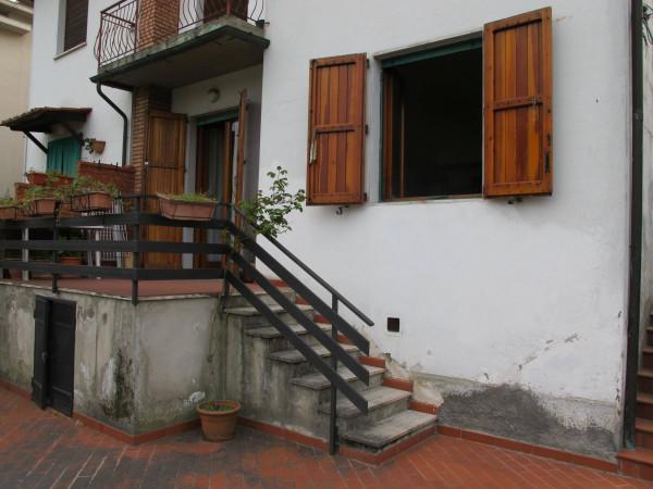 Appartamento in Vendita a Pistoia Centro: 5 locali, 143 mq