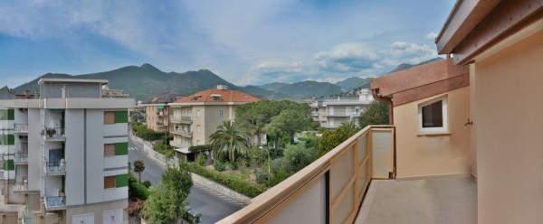 Appartamento in Vendita a Loano Centro: 3 locali, 74 mq