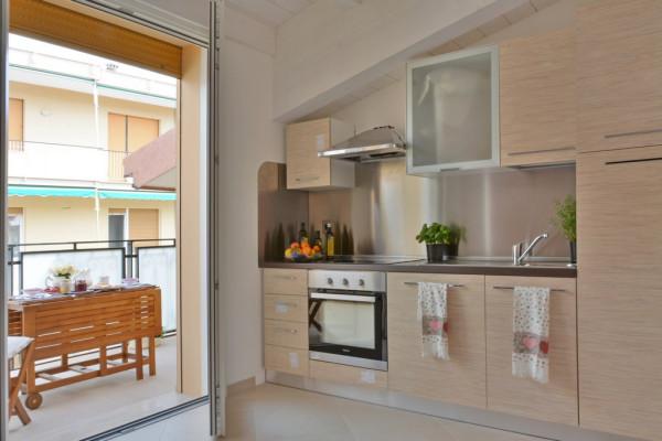 Appartamento in Vendita a Loano Centro: 2 locali, 60 mq