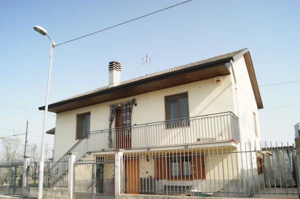 Villa in vendita a Settimo Torinese, 3 locali, prezzo € 269.000 | Cambio Casa.it