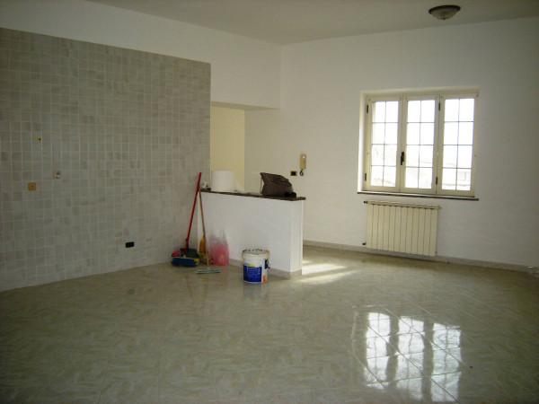 Appartamento in vendita a Minturno, 5 locali, prezzo € 155.000 | Cambio Casa.it