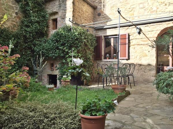 Casa indipendente in Vendita a Cortona Centro: 3 locali, 75 mq