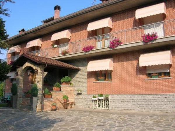 Albergo in vendita a Castagnole delle Lanze, 6 locali, prezzo € 800.000 | Cambio Casa.it