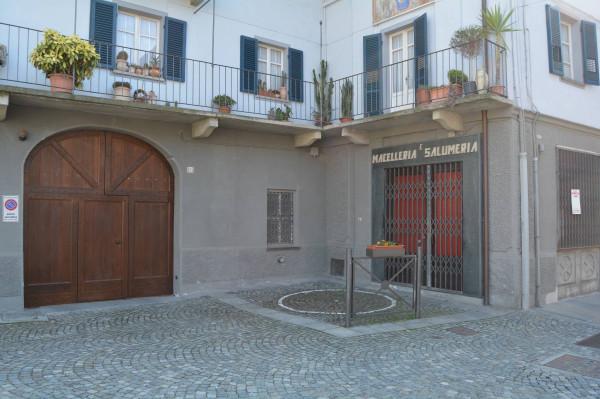 Negozio / Locale in vendita a Barge, 6 locali, prezzo € 85.000 | Cambio Casa.it