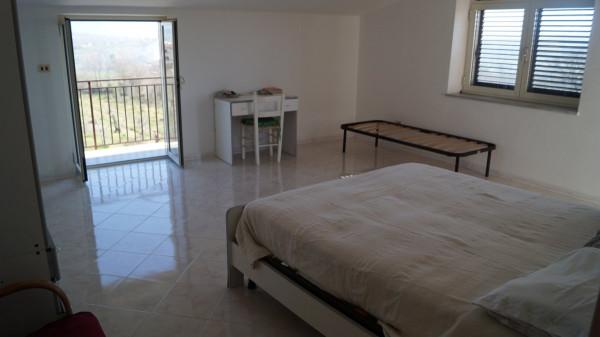 Appartamento in affitto a Caiazzo, 4 locali, prezzo € 450 | CambioCasa.it