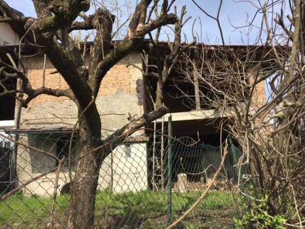 Rustico / Casale in vendita a Faloppio, 5 locali, prezzo € 53.000 | Cambio Casa.it