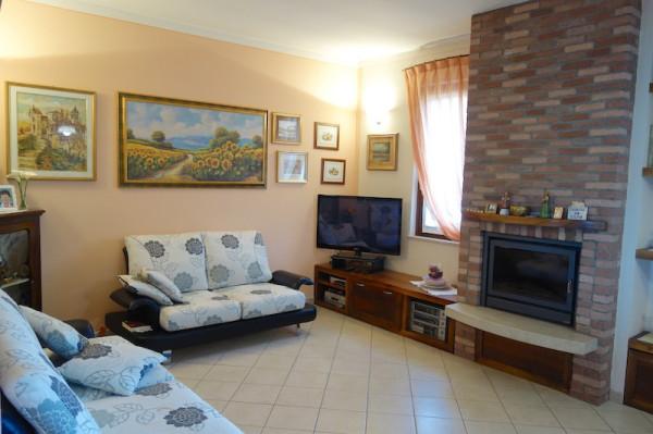 Appartamento in vendita a Gussago, 4 locali, prezzo € 169.000 | Cambio Casa.it