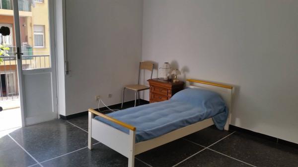 Appartamento in Vendita a Genova Semicentro Est: 2 locali, 70 mq