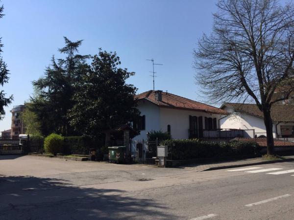 Villa in Vendita a Asti Centro: 5 locali, 220 mq
