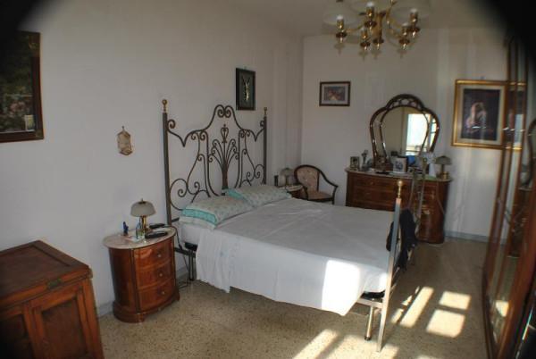 Appartamento in Vendita a Lecce Periferia: 4 locali, 100 mq