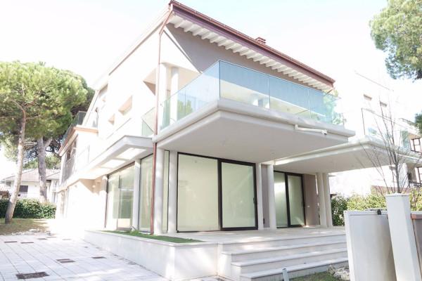 Villa in vendita a Cervia - Milano Marittima, 5 locali, Trattative riservate | Cambio Casa.it