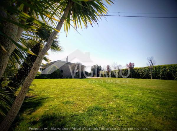 Villa in Vendita a Foggia Periferia: 4 locali, 175 mq