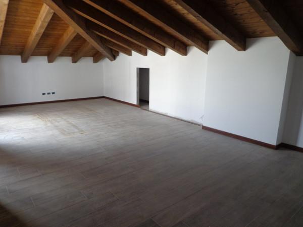 Attico / Mansarda in vendita a Pavia, 3 locali, prezzo € 170.000 | Cambio Casa.it