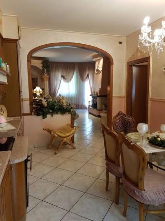 Appartamento in vendita a Novi di Modena, 4 locali, prezzo € 140.000 | Cambio Casa.it