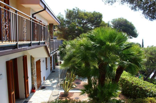 Villa in vendita a Andora, 6 locali, prezzo € 1.550.000 | Cambio Casa.it