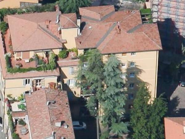 Appartamento in Affitto a Bologna Semicentro Ovest: 3 locali, 82 mq