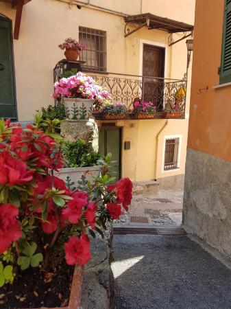 Magazzino in affitto a Genova, 2 locali, zona Zona: 4 . S.Fruttuoso-Borgoratti-S.Martino, prezzo € 250 | Cambio Casa.it
