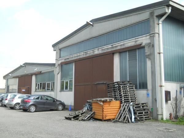 Capannone in vendita a Nerviano, 2 locali, Trattative riservate | Cambio Casa.it