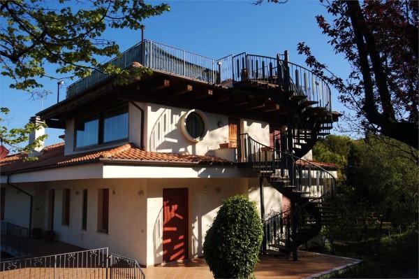 Villa in affitto a Pesaro, 5 locali, prezzo € 550 | Cambio Casa.it
