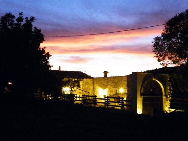 Villa in vendita a Noto, 6 locali, prezzo € 350.000 | Cambio Casa.it