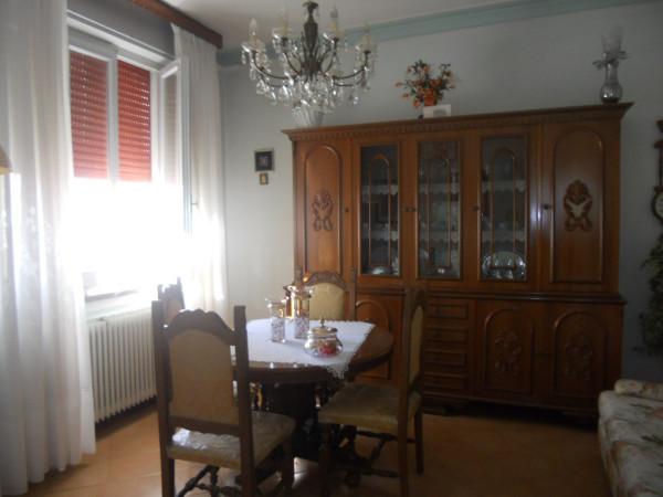 Villa in Vendita a Luzzara