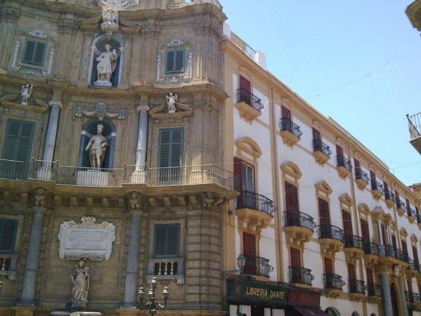 Palazzo / Stabile in vendita a Palermo, 6 locali, prezzo € 5.500.000 | Cambio Casa.it
