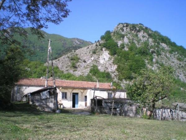 Rustico / Casale in vendita a Lauria, 6 locali, prezzo € 35.000 | Cambio Casa.it