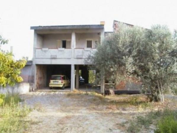 Villa in vendita a Monasterace, 6 locali, Trattative riservate | CambioCasa.it