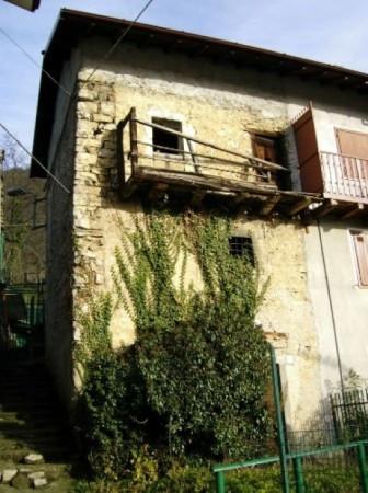 Bilocale Locatello Via Passeggiata Dei Francesi 1