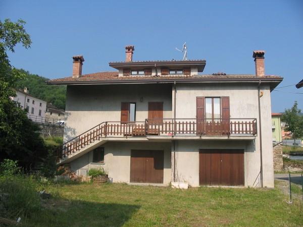 Villa in Vendita a Morfasso