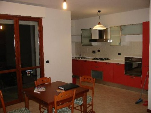 Bilocale Campi Bisenzio Via Pistoiese 420 2