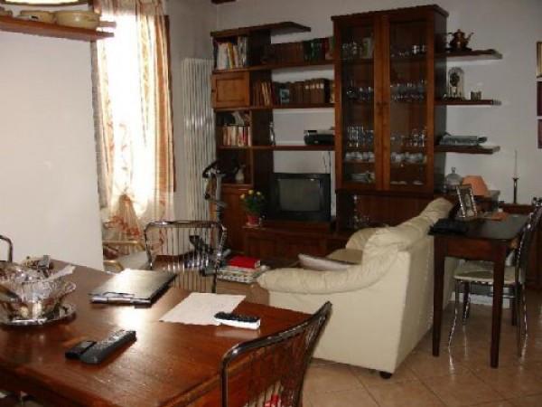 Bilocale Calenzano Via Di Prato 124 1