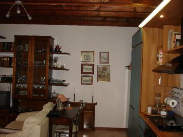 Bilocale Calenzano Via Di Prato 124 2