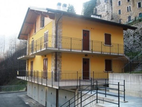 Bilocale Averara Via Castello 2