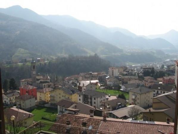 Bilocale Zogno Via Roma 5