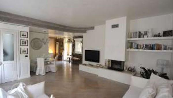 Soluzione Indipendente in vendita a Udine, 4 locali, prezzo € 330.000 | Cambio Casa.it