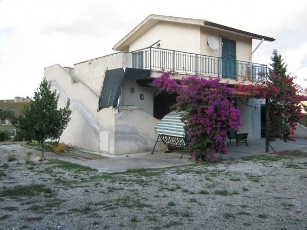 Villa in vendita a Calatafimi Segesta, 2 locali, prezzo € 100.000   CambioCasa.it