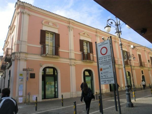 Ufficio / Studio in vendita a Foggia, 6 locali, prezzo € 630.000 | Cambio Casa.it