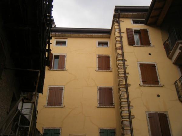 Bilocale Caprino Veronese  1