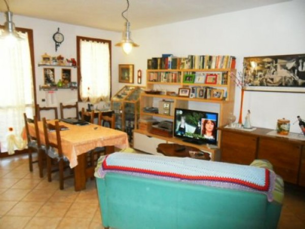 Bilocale Vaiano Via Bertini 3