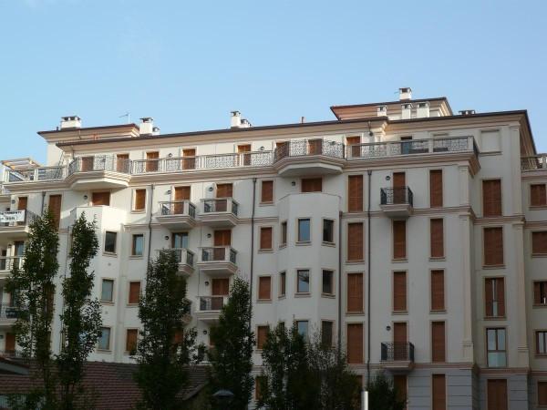 Appartamento in affitto a Saronno, 2 locali, prezzo € 600 | CambioCasa.it