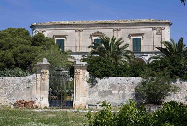 Palazzo-stabile Vendita Modica